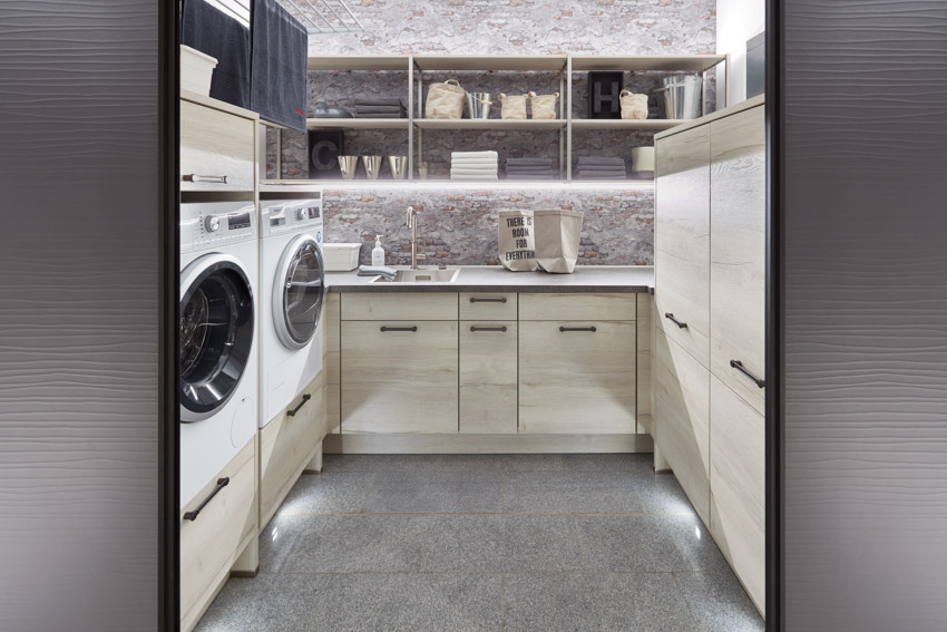 Waschraum - Moderne Badezimmer bei 1-2-3 Küchen, Puerto de la Cruz, Teneriffa